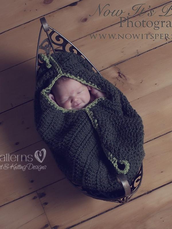 crochet pattern baby pea pod cocoon