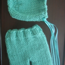 easy knitting pattern newborn pants and bonnet