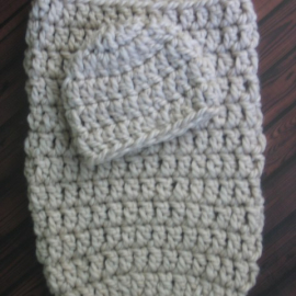 baby cocoon and beanie hat crochet pattern