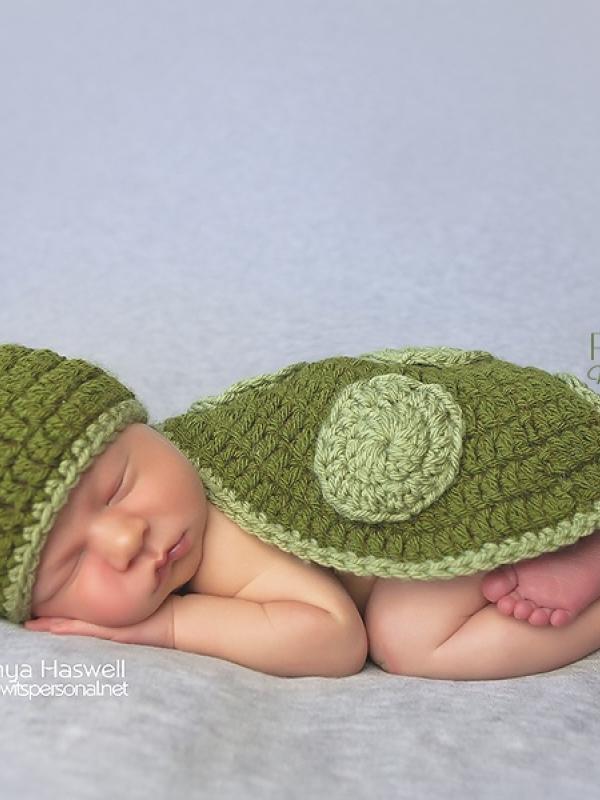 newborn turtle crochet pattern