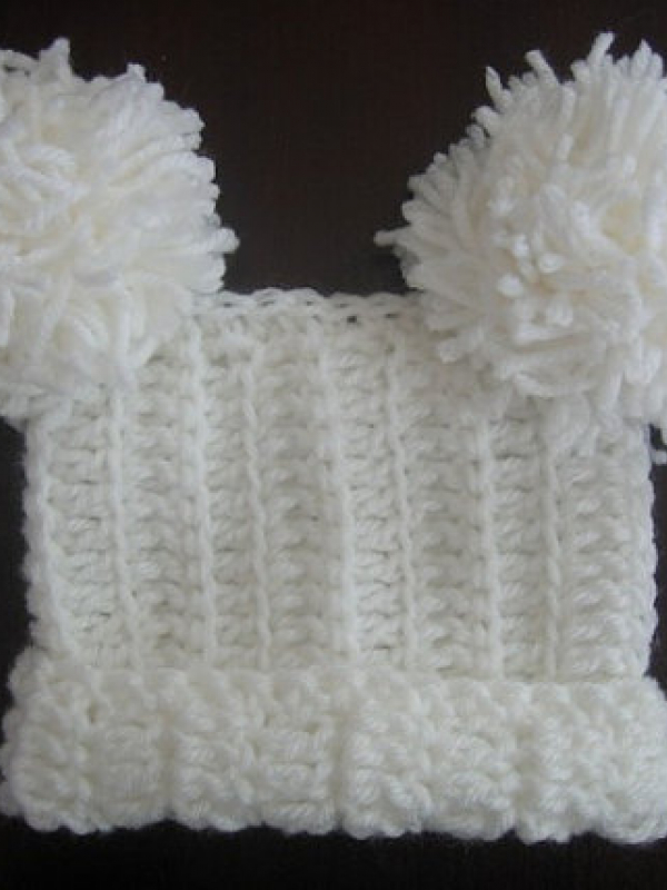 square tassel pom pom hat crochet pattern