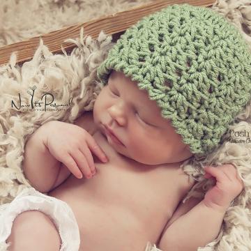 Crochet Hat Pattern - Lacy Shells Cloche Pattern