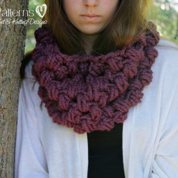 Cowl Crochet Pattern - Infinity Scarf - Chunky Cowl